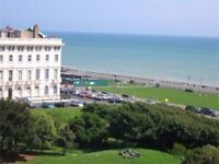 Spacious Regency Studio Apartment Near The Beach - Available 20th Sept - 1st October