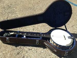GREATLY REDUCED 5 string Lida Banjo