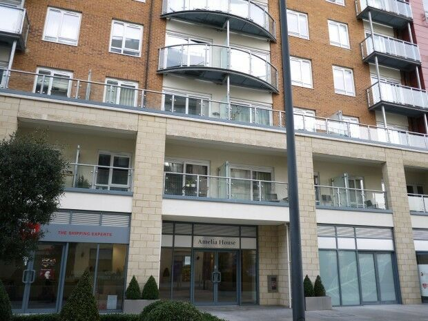 2 bedroom flat in Amelia House, 11 Boulevard Drive, Colindale, NW9