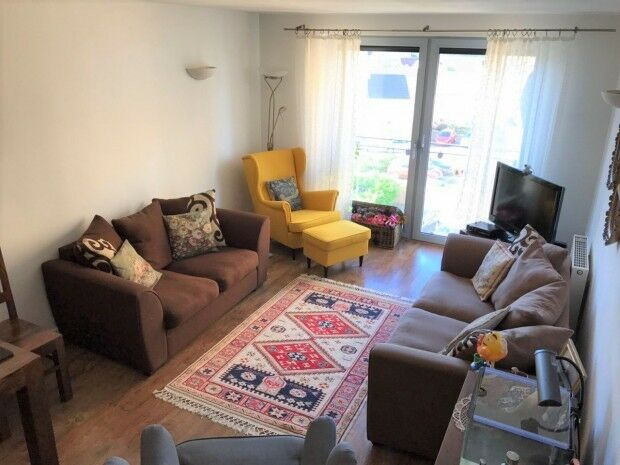 2 bedroom flat in Tideslea Path, West Thamesmead, London, SE28