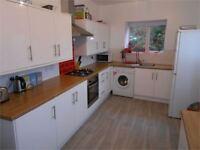 5 bedrooms in Terrace Road, Mount Pleasant, Swansea, SA1 6HW