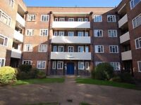 1 BEDROOM FLAT, BREWSTER GARDENS, NORTH KENSINGTON, W10