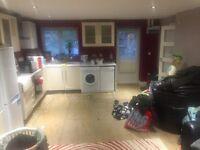 1 bedroom flat in North Hyde Lane, Heston, TW5