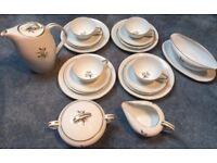 NORITAKE China Japan 5852 Wheatcroft Tea Set