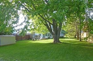 Wellington Prince Edward County Furnished 3 Bed 2 Bath in Town