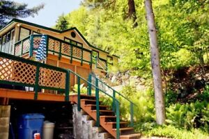 WATERFRONT COTTAGE FOR SALE IN THE OUTAOUAIS - MOVE-IN READY