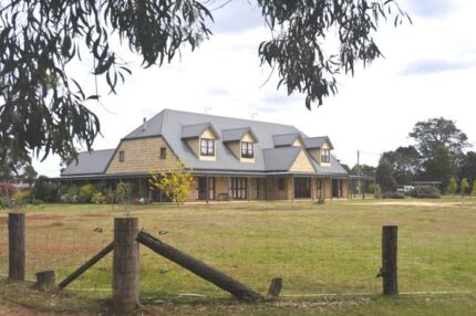 Amazing Horse/Pet Friendly 4/5Br Farm House for Lease!