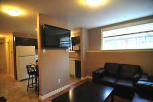 LUXERY APARTMENT(room) EVERYTHING INCLUDED 5 min walk to U of M