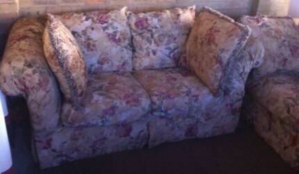 2 x Large Comfy Couches Coburg Moreland Area Preview