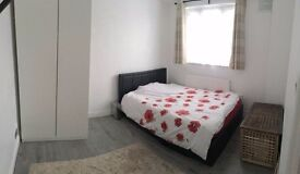 QUALITY ROOM TO RENT IN LANGDON PARK INC BILLS CALL ME NOW *SINGLE PERSON ONLY*