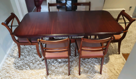 DELIVERY INCLUDED solid dark wood extendable dining table, 6 chairs,