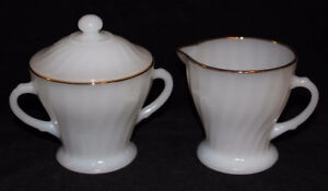 MILK GLASS CREAMER & SUGAR BOWL W/LID