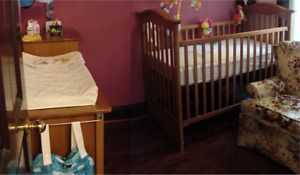 solid wood crib & dresser / changing table