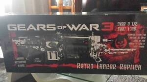 "GEARS OF WAR 3 - Pendulum Wars 45"" Lancer Replica Surry Hills Inner Sydney Preview"