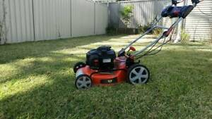 Quality Lawn Mowing Services and Cleaning Services in Sydney