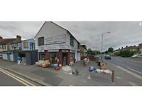 Shop & Flat With Warehouse Lease For Sale 3 Bedroom Large Shop Romford ESSEX