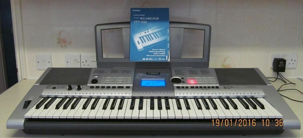 price reduced yamaha psr e403 keyboard synthesiser 61 touch sensitive full size keys 40 ovno. Black Bedroom Furniture Sets. Home Design Ideas