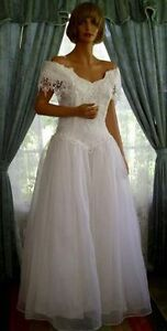 Jessica McClintock Wedding Dress - Size 6 White