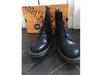 Men's Dr Martens Black Size 11