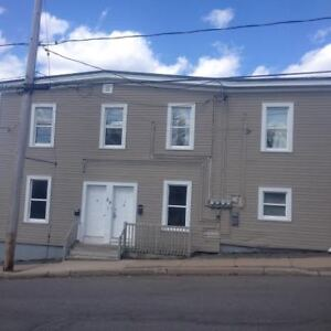 54 Watson #3 - 2BR West, H&L Option, Pets, Parking, Yard™