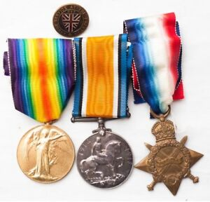 WW1 WW2 Canadian German military items medals badges PAY WELL!!