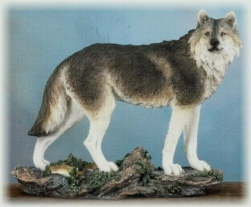 Gray Wolf Standing - New in Box