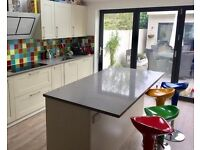 Home workspace / office available for hire during the day in Raynes Park