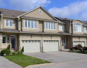 Executive Freehold 1750 Sq Ft Town House in Meadowlands Ancaster