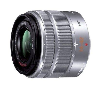 Panasonic Lumix G Vario 14-42mm F / 3.5-5.6 II Asph. Mega Ois...
