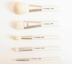MAC - Makeup Brush Kit