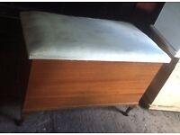 Blanket Box / Toy Box/ Vintage wooden box trunk