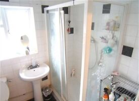 3 double bedrooms, with 2 bathrooms