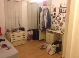 Double room available for rent ASAP - £210 per month Dunluce Avenue