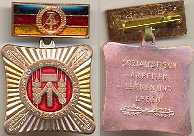 DDR Orden, Kollektiv der Sozialistischen Arbeit