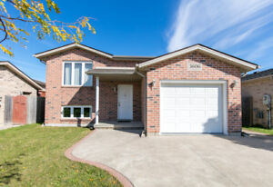 Just Listed - Devonshire Heights