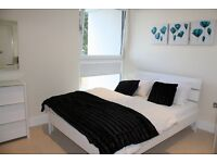 Students Welcome- 7 BEDROOM 5 BATHROOM- SWIMMING POOL , GYM AVAILABLE AUGUST 2016 DOCKLANDS