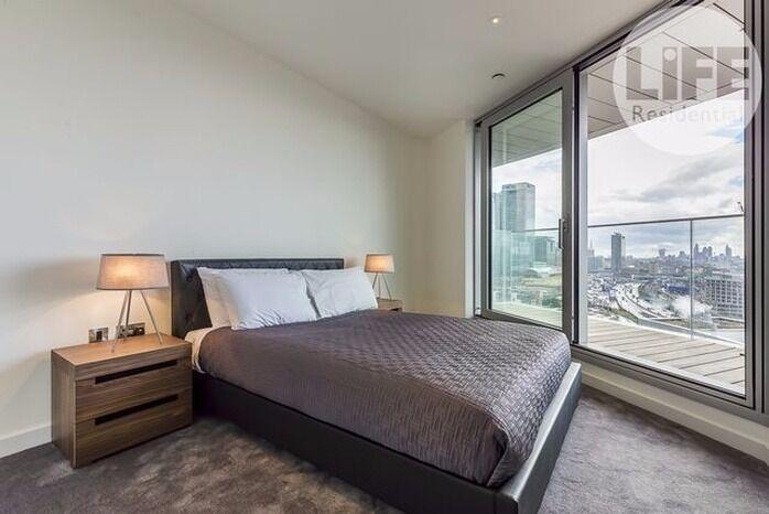 Brand new 15th floor one bedroom flat in Charrington Tower (Providence Tower, E14), gym, 24hr porter