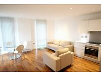 6TH Floor 2 bed 2 bath flat in Greenwich, SE10 9FW, public gym, concierge, balcony, 2 mins from DLR