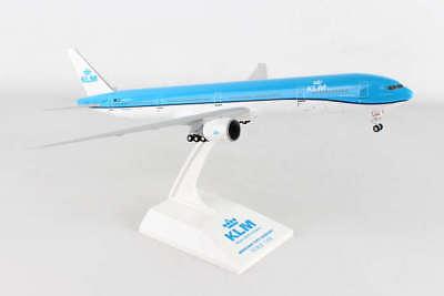 SKR951 SKYMARKS KLM 777-300ER 1/200 W/GEAR NEW LIVERY PLASTIC MODEL , used for sale  Kansas City
