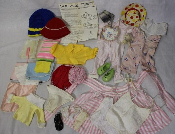 Vintage Lot Of Dolls Clothes, 25+ Piece Lot! Shoes, Combs, Bibs + MORE!