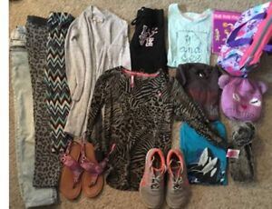 Size 10 Girls clothing for sale .  asking 20$ 3068934044