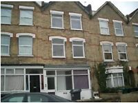 LOVELY 1 BEDROOM FIRST FLOOR FLAT AVAILABLE IN HOLLY PARK ROAD, FRIEN BARNET, N11 3HB