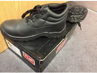 TUF Safety Boots - size 6
