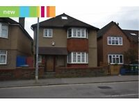 *** SPACIOUS DOUBLE BEDROOMS WITH BUILT IN ENSUITE, GREAT LOCATION IN WATFORD ***