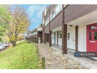 2 bedroom flat in Sylvan Road, London, SE19 (2 bed) (#1110011)
