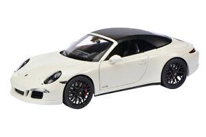 PORSCHE-911-GTS-Blanco-Schuco-1-18-450039500