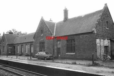 PHOTO  SUTTON PARK STATION ON 02/10/80. SITUATED ON THE MIDLAND RAILWAY'S V2