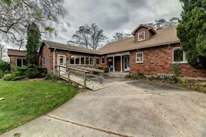5242 Cliff Road, Lambton Shores OPEN HOUSE