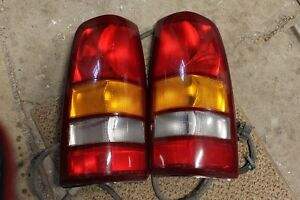 2003 GMC Tail Light Assemblies