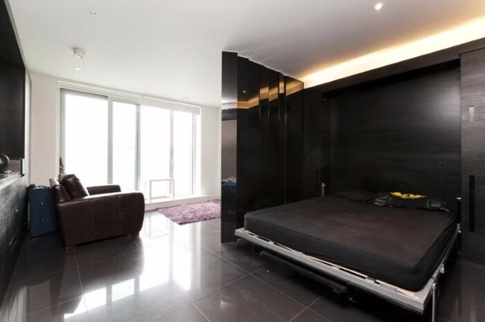 - A studio in 25TH floor of Pan peninsula development - amazing viewS FOR ONLY £320PW Available NOW